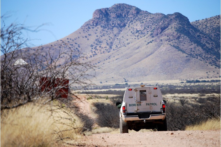 Illegal-alien Invasion Worsens. Border Agents Bag More Than 800 in One Day; 20K Last Week