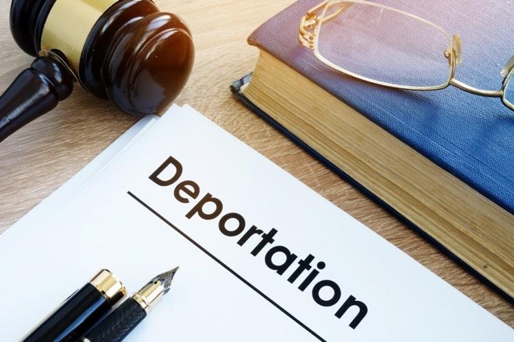 "Federal Judge Blocks Biden Administration's 100-Day Deportation ""Pause"" Indefinitely"