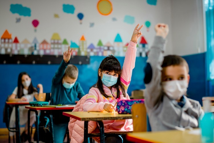 Parent Pushback on Children's Mask Mandates Goes Viral