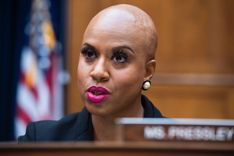 """""""Squad"""" Member Pressley Accuses Maskless Republicans of """"Chemical Warfare"""""""