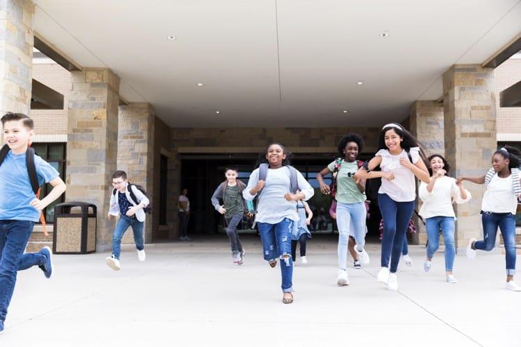 Mass Exodus: Education Establishment Freak Out as Conservatives Exit Public Schools, Abandon Reform