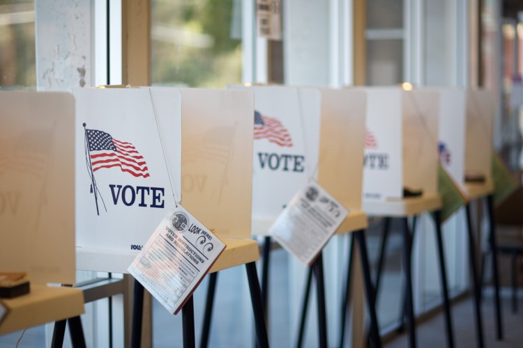 Election Theft Alert: Largest Texas County Adds Noncitizens to Voter Rolls (thenewamerican.com)