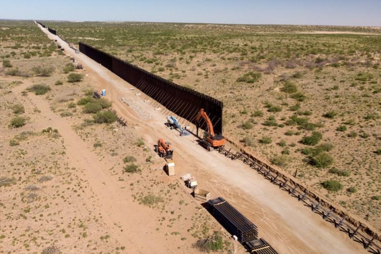 GOP Legislators: Biden Broke Law in Stopping Wall Construction