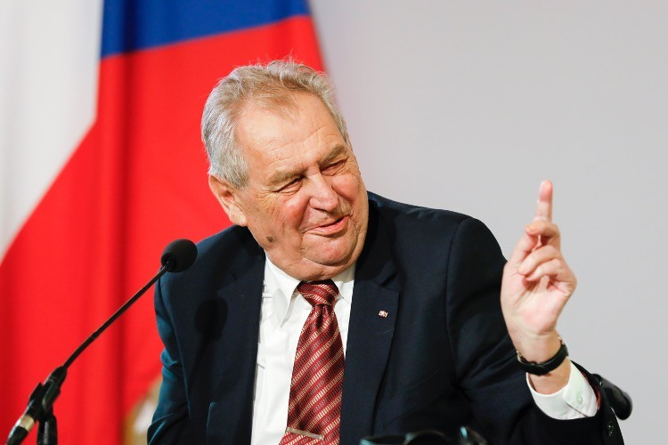 """Czech President Defends Hungarian Law on LGBTQ Promotion, Calls Transgenders """"Disgusting"""""""